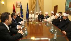 Kryeministri Berisha takon krerët myslimanë të Ballkanit