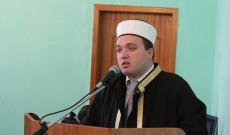 Myftiu i Pukes Gezim Kopani uron besimtaret per fillimin e Ramazanit