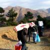 Vijon mbeshtetja per nene Farijen ne fshatin Lajthiz