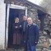 Pas namazit te xhumas Myftiu i Pukes Gezim Kopani vizitoj dy familje ne nevoj