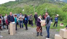 Ne kuader te muajit ramazan ndihmohen disa familje ne fshatin Kryezi