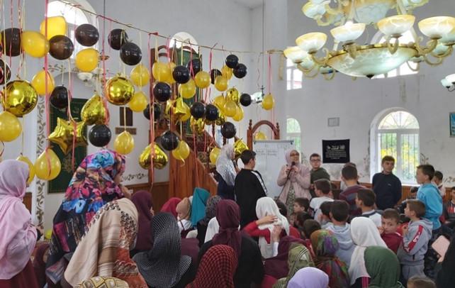 U zhvillua aktiviteti arsimor islam mes nxenesve te Mejtepeve te rrethit Puke