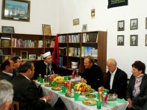 Myftiu Gezim Kopani ne pritje te delegacionit te Famullise Puke 15.10.2013
