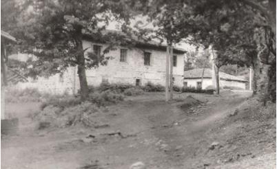 Xhamia e fshatit Kabash. Viti 1960