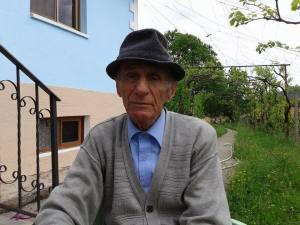 Xhemal Ahmet Tafilaku (Nxenes i Mejtepit te xhamise Qerret-Puke) foto; 2015