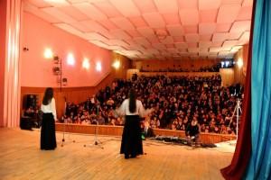 (Fotografi gjatë programit në Pallatin e Kulturës Pukë dt.29.03.2014)