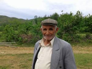 Ahmet Dunga (Nxenes i Mejtepit te xhamise Qerret-Puke) foto; 2015