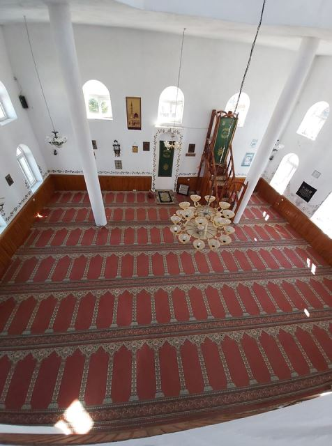 Xhamia e qytetit Puke.  Mars 2020