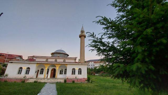 Xhamia e qytetit te Pukes